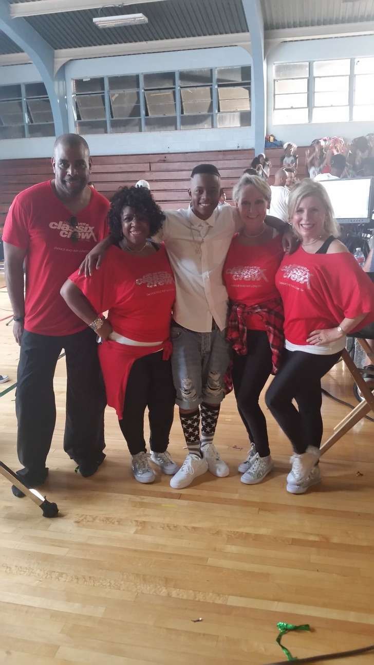 HHI USA: Life with Gracie: Dancers for Hawks games vying for international hip-hop title