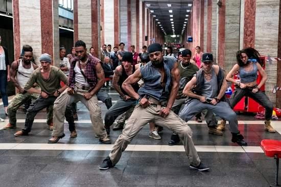《舞力重擊》舞者來台擔任「2016嘻哈國際街舞錦標賽」評審國際街舞大師麥可米契《舞力重擊》地鐵尬舞Battle 秀酷炫舞步