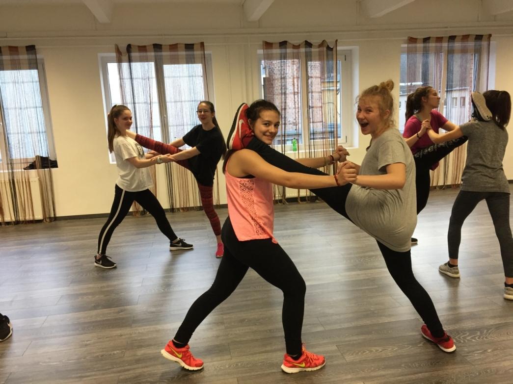 HHI HUNGARY: Amerika táncbajnoka lehet kilenc magyar tinédzser