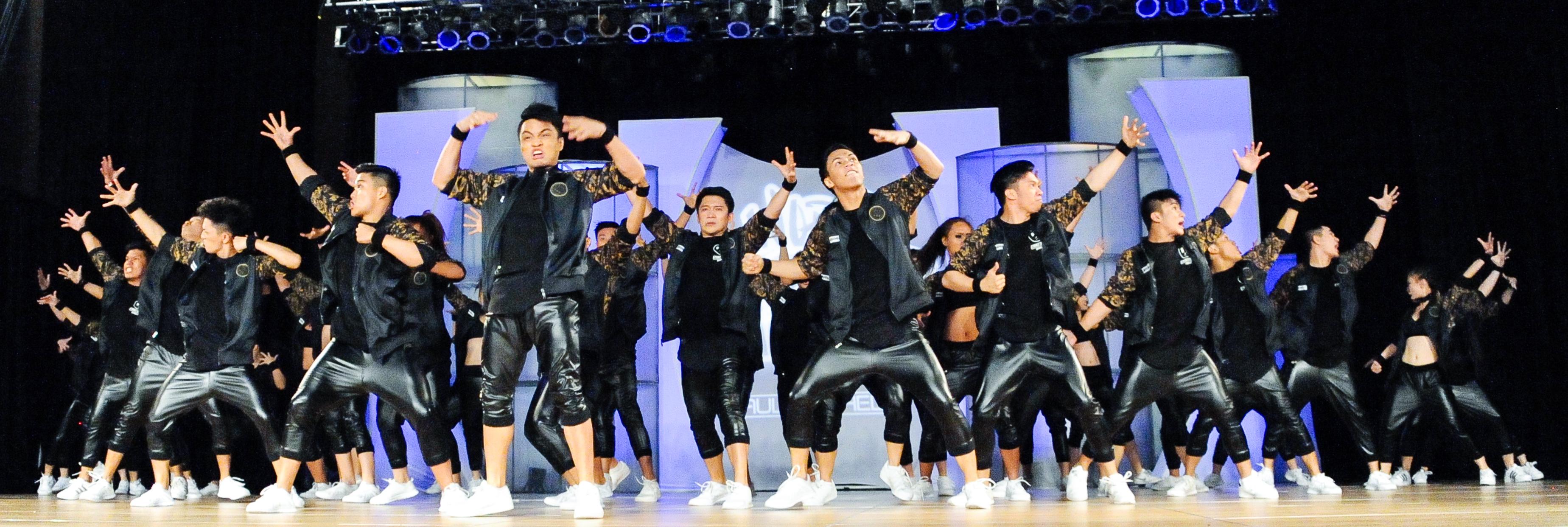 Philippines - La Salle Dance Company Street - MegaCrew
