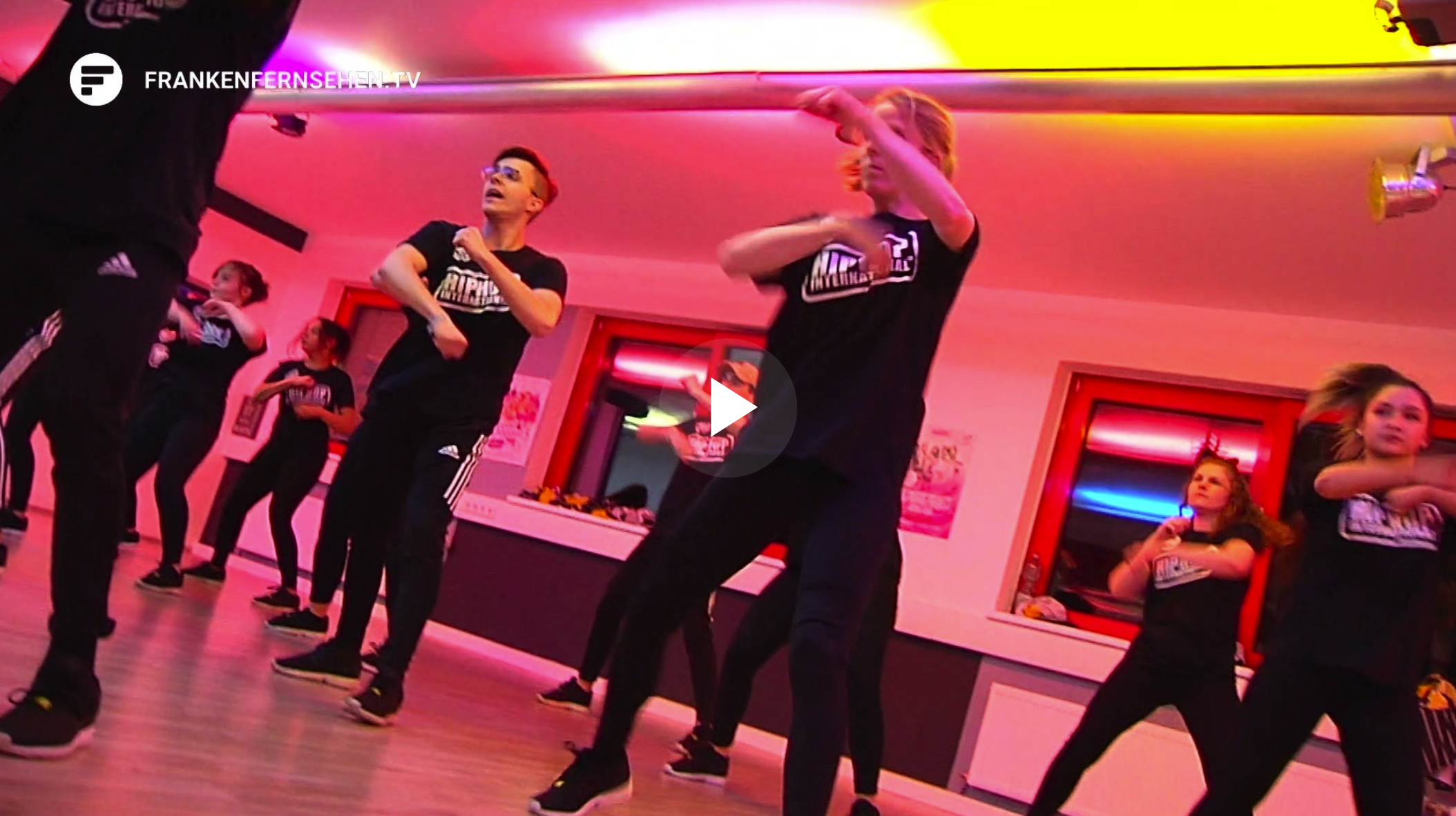 HHI GERMANY: Hip Hop Gruppe #NotReal aus Ansbach international erfolgreich